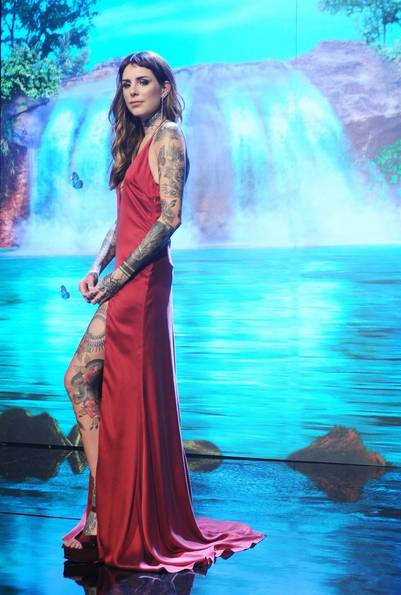 "Candelaria Tinelli cantó en la apertura de ""ShowMatch""."