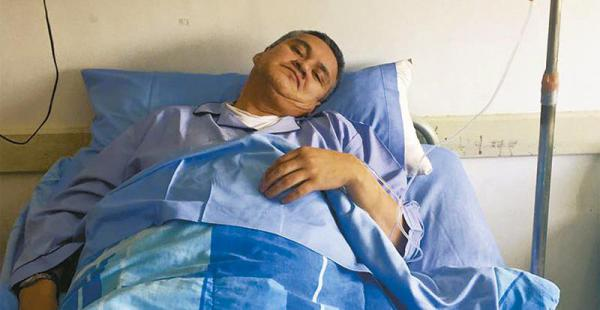 Eduardo León vive en la populosa zona de Villa Victoria en la casa de sus suegros. Ahora está internado en una clínica paceña