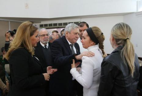 Percy visitó a la familia Rivero Jordán en el salón velatorio de Las Misiones