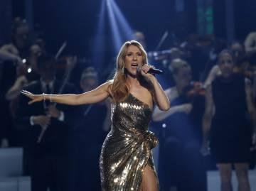 Celine Dion durante su actuación en los premios Billboard Awards 2016.