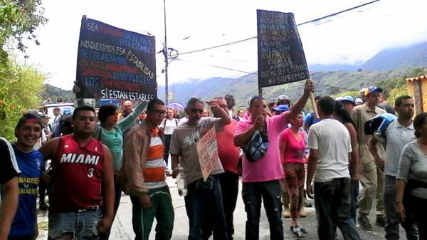 """Protestas y saqueos en Venezuela: """"El pueblo está cansado, tenemos hambre"""""""