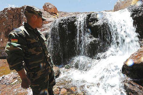 Visita. En 2013, La Razón visitó la zona de las aguas delSilala. Foto: Víctor Gutiérrez, archivo