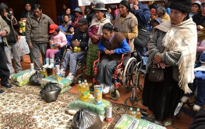 El Gobierno entrega arroz, azúcar, aceite, durazno, picadillo y sardina a 229 discapacitados graves