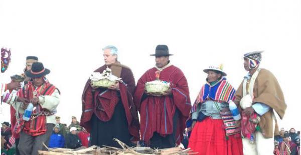 El vicepresidente estuvo en Tiahuanacu, uno de los lugares tradicionales de esta celebración. Foto: J. Alanoca