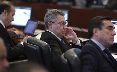 El viceministro de Relaciones Exteriores de Paraguay, Oscar Cabello, participa de una sesión extraordinaria realizada en el consejo permanente de la OEA en Washington (Estados Unidos) hoy, martes 21 de junio de 2016. Foto: EFE