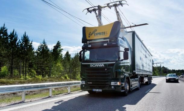 Inaugurada la primera autopista eléctrica en Suecia para camiones