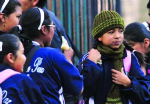 Amplían el horario invernal en La Paz para niños de primaria