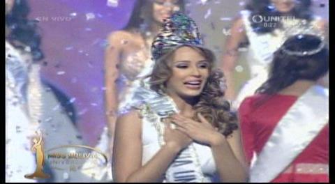 Antonella Moscatelli es Miss Bolivia Universo 2016