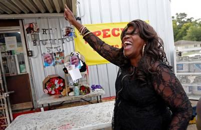 Stephanie McDee,vecina de Baton Rouge, durante una protesta por la muerte de Alton Sterling./ AP