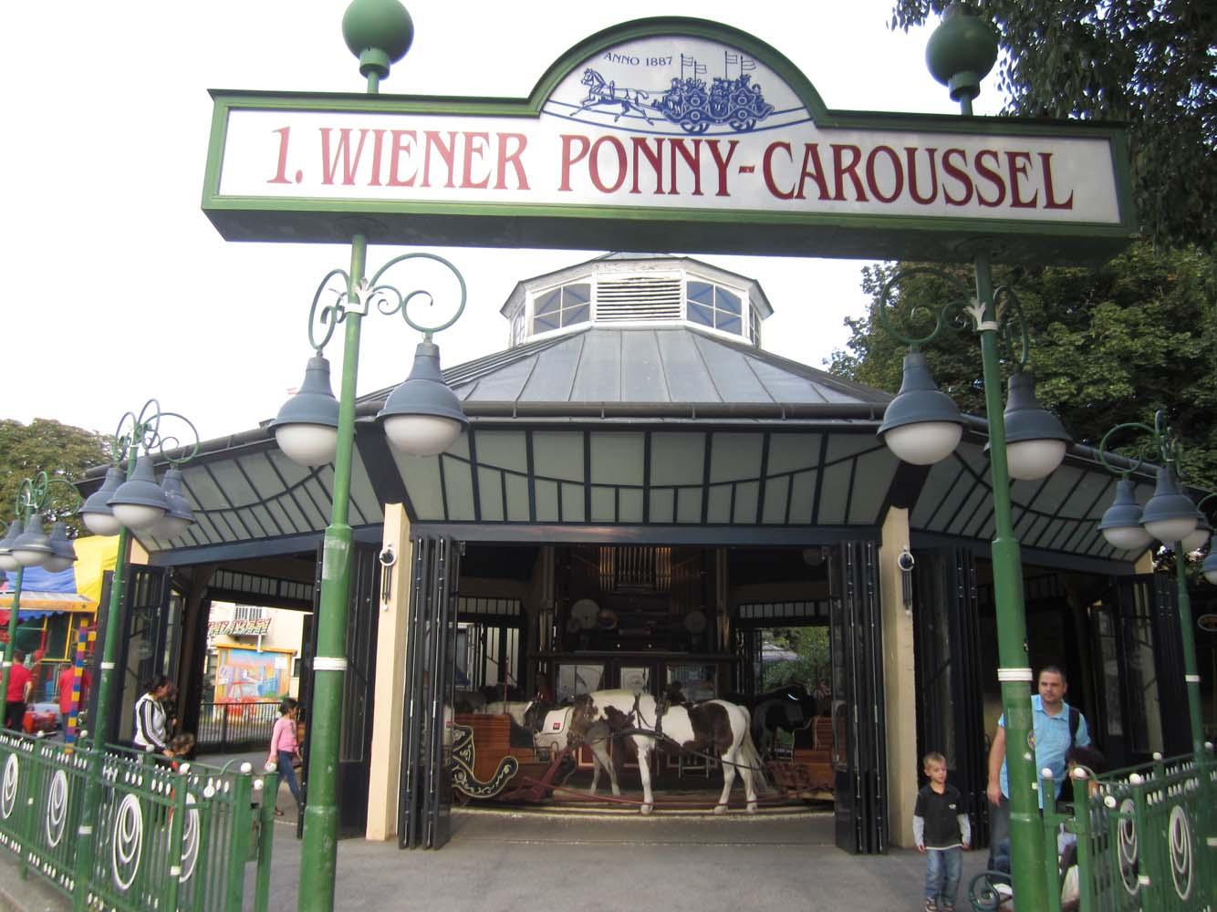 pony-caroussel-one