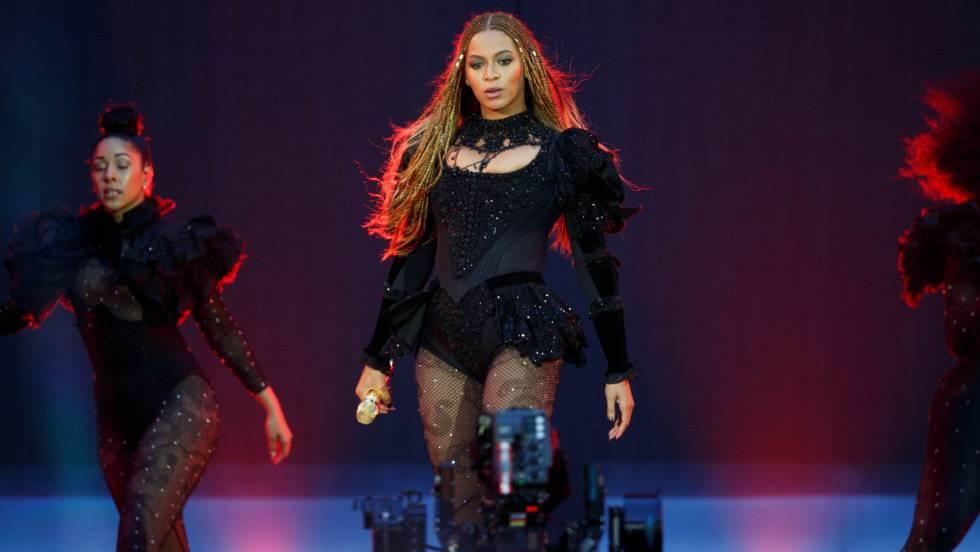 Beyoncé en un concierto en Londres de su gira
