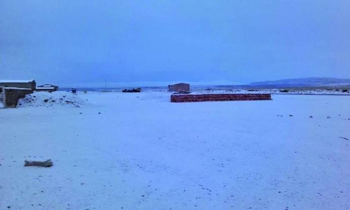 En gran parte del sudoeste potosino ha caído la nevada.