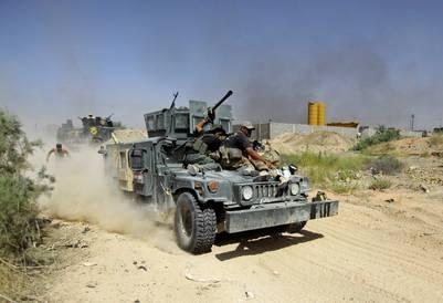 Fuerzas iraquíes avanzan sobre Falluyah, que hasta hace poco tiempo fue un bastión del ISIS. (AP)