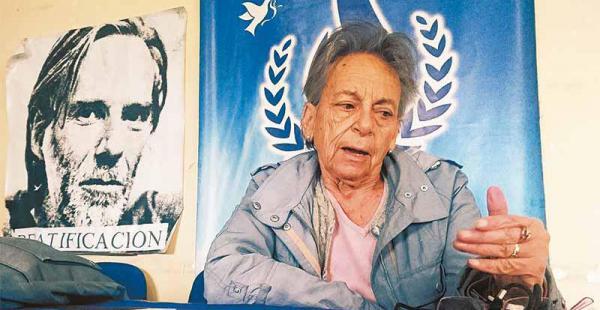 Amparo Carvajal, la nueva presidenta nacional de DDHH recibió el viernes a EL DEBER