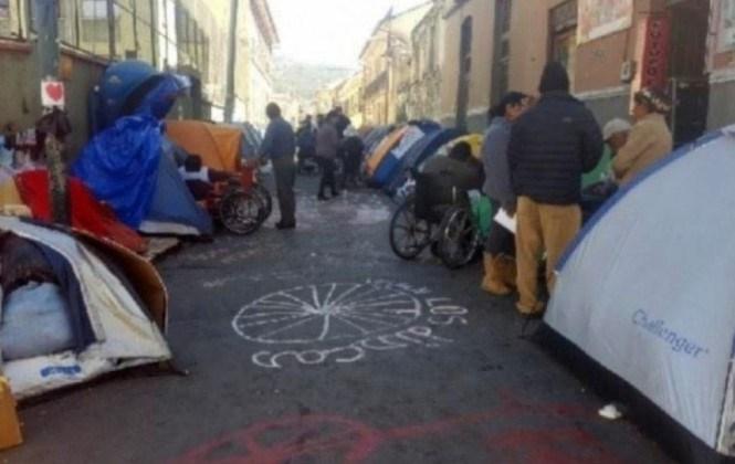Discapacitados de La Paz deciden levantar la vigilia tras suscribir un acuerdo con el Gobierno