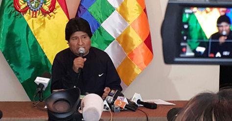 El presidente Evo Morales en conferencia de prensa en la Residencia Presidencial, este lunes. Foto: Ángel Guarachi.