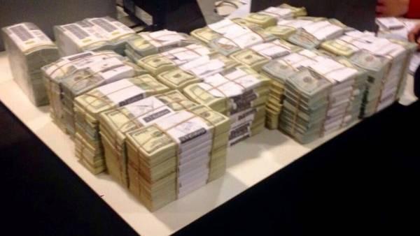 Los 4,6 millones de dólares secuestrados en una caja de seguridad de Florencia Kirchner
