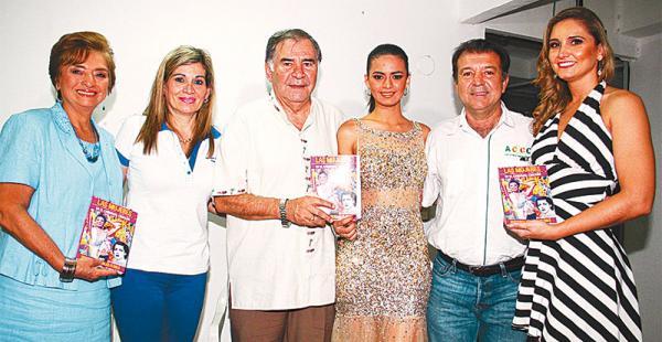 la importante presentación se desarrolló   en la sede de la accc, el ente de los carnavaleros  Esther Velasco, Gina Sotelo, Bismarck Kreidler, Samanta Antelo, Joaquín Banegas y Andrea Forfori