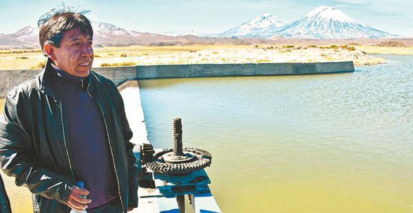 como un 'turista común' así recibirá  el país vecino  al canciller boliviano, según heraldo muñoz Choquehuanca,  en Chile. Lidera la comitiva que busca ver si hay maltrato en puertos chilenos