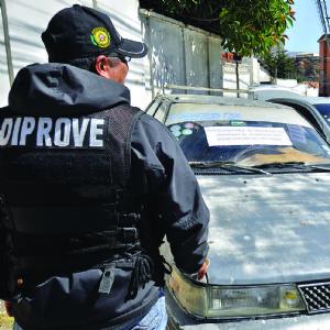 """Cae clan de """"auteros """" que en tres meses robó 27 vehículos"""