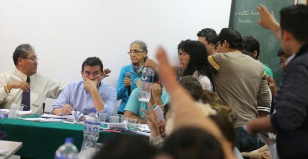 Las elecciones para rector y vicerrector en la Uagrm fueron anuladas por el ICU