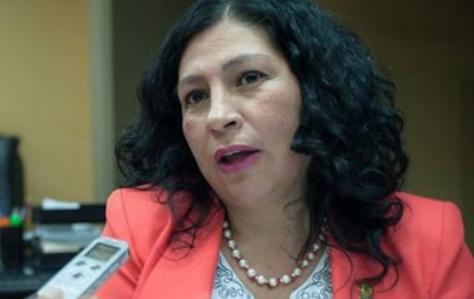 Fondo Indígena: Senadora le dice a Achacollo que hay responsables por acción u omisión