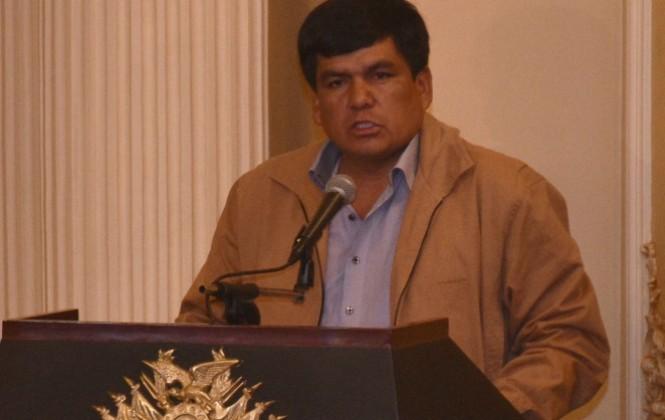 Senador denuncia que transportistas bolivianos ya sufren represalias por viaje de delegación boliviana