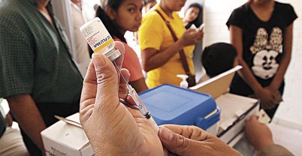 Las dosis contra la influenza se aplican solo a grupos de riesgo