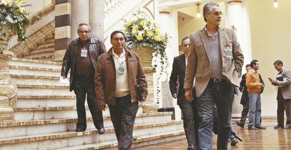 Los principales directivos del agro salen de la reunión con el presidente Evo Morales