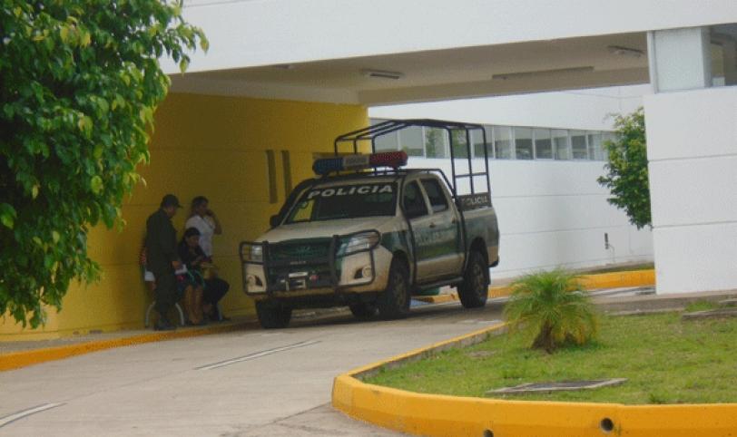 Investigan. El cuerpo de la víctima Edilberto Soto fue llevado a la morgue judicial para determinar la causa del deceso.