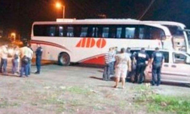 imagen-asaltan-bus-mexico-violan-mujeres