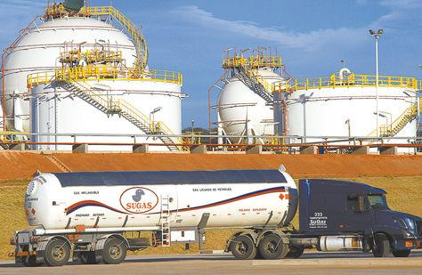 Yacuiba. India tiene interés de invertir en el área petrolera. En la foto, la Planta de Río Grande.