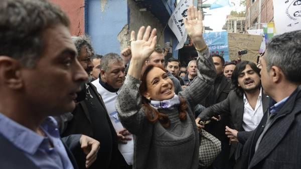 Cristina Kirchner en la Villa 31 después de la mediación con Stolbizer. Foto: Andres D'Elia.