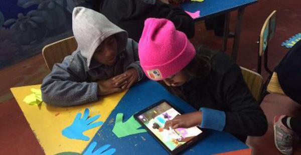 Las aulas digitales que habilita Tigo en el área rural
