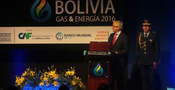 Durante la inauguración del IX Congreso de Gas y Energía el vicepresidente Álvaro García Linera indicó que se diversificarán las inversiones en energía