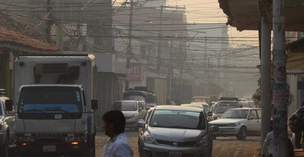 Se eleva la contaminación del aire en Santa Cruz por el humo