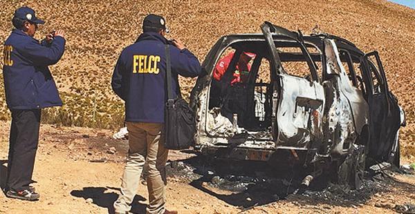 El vehículo de Illanes fue quemado