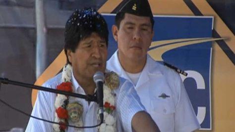 El presidente Evo Morales en la entrega de la doble vía Quillacollo - Suticollo (Cochabamba)