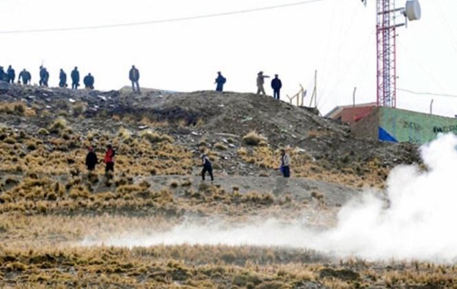 Ministro Navarro revela que cooperativistas avasallaron en 27 ocasiones las áreas mineras de Colquiri