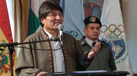 Morales en el acto de esta mañana en la Gobernación de Cochabamba