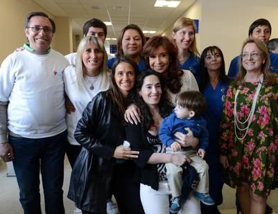 La ex Presidenta con su nuera en la inauguración del hospital de El Calafate. Foto DyN.