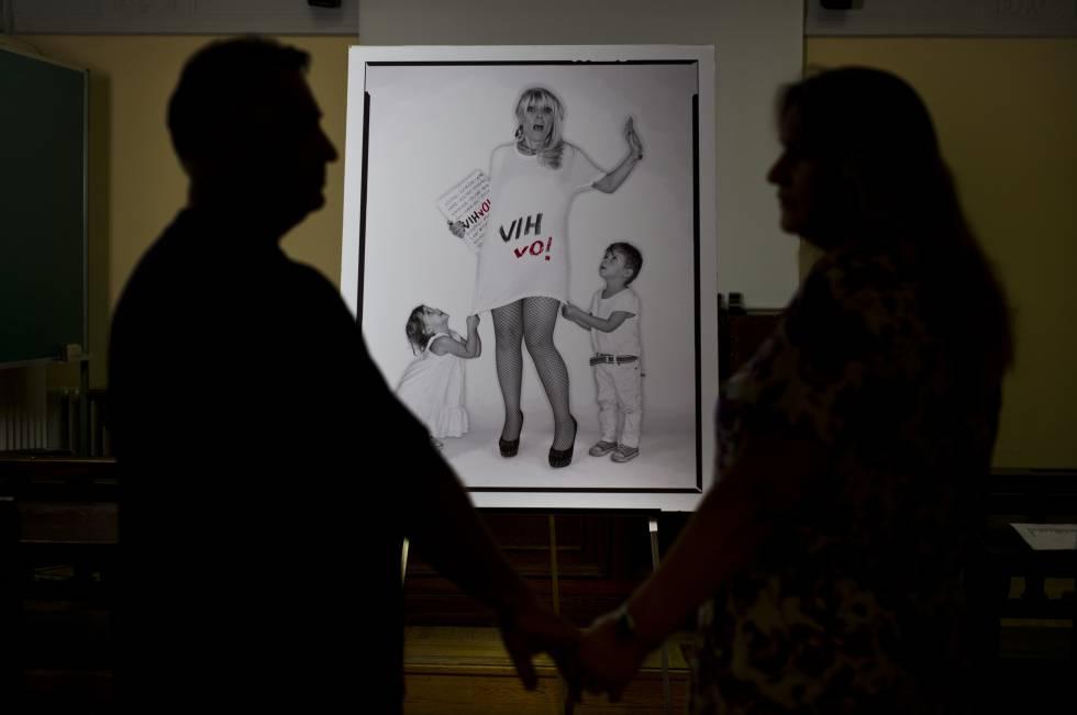 Raúl y Eva, pareja que ha participado en el ensayo sobre parejas con VIH,  el miércoles pasado en el Centro Sandoval.