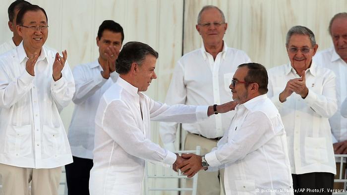 Kolumbien Unterzeichnung des Friedensvertrags
