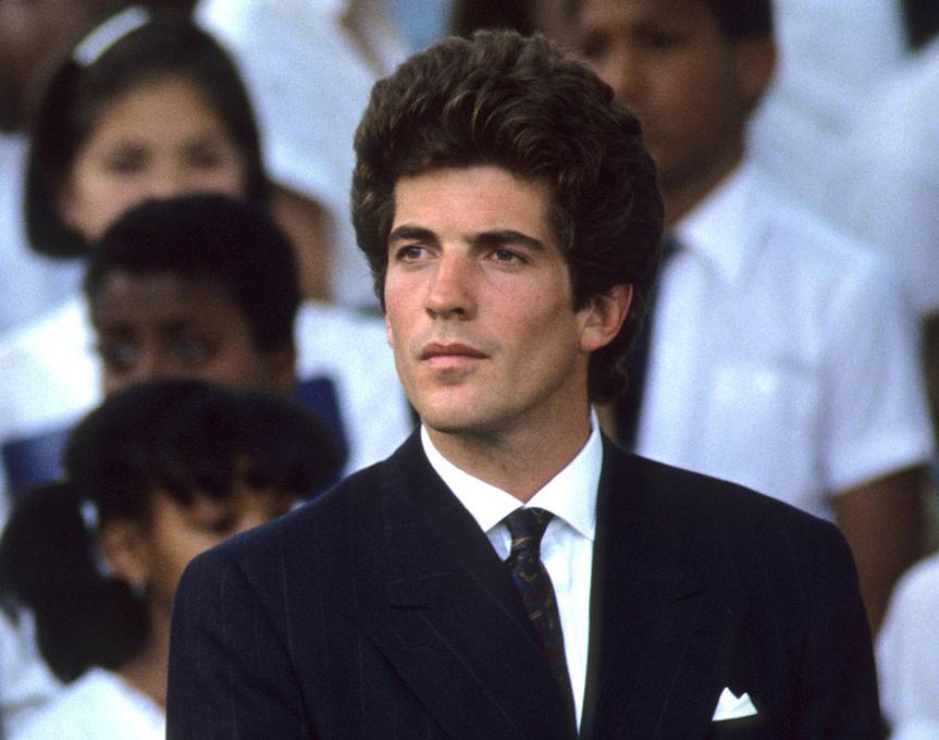 John F. Kennedy Jr, en el 20 aniversario de la muerte de Robert Kennedy.