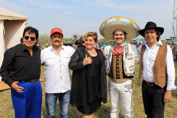 jose-antonio-sejas-roberto-carlos-ronald-valverde-juana-campos-paquita-la-del-barrio-rene-salas-vicente-fernandez-y-jose-veliz-basma