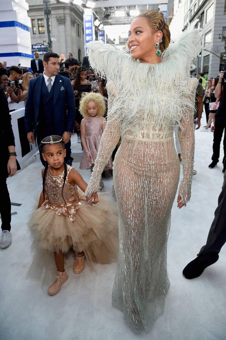 Beyoncé y su hija Blue Ivy en los premios MTV. KEVIN MAZUR WIREIMAGE