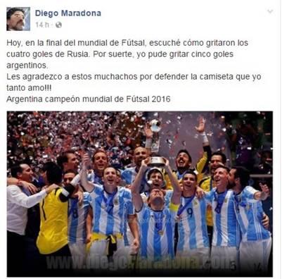 El saludo de Maradona a los campeones del mundo en futsal.