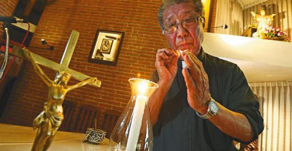 Padre Juan - EL DEBER