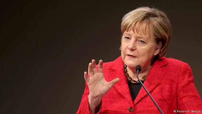 Deutschland Tag der Deutschen Industrie 2016 Rede Merkel (Reuters/F. Bensch)