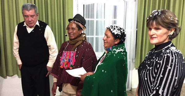 Leopoldo apadrinó a Juan Choque Apaza y a Dominga Quispe, la hija del Mallku, el día de su matrimonio